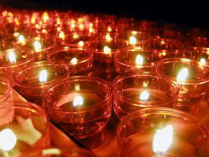 Candlelight-Schwimmen